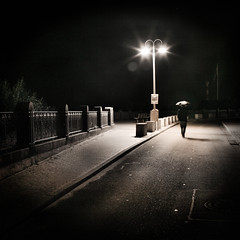 la nuit simplement (Thibaut Lafaye) Tags: city lamp night mood alone walk hamburg dream rue nuit nocturne lampadaire seul lafaye marcher winner500