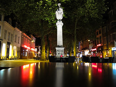 Grote Markt, Breda. (joyrex) Tags: city color reflection lights nacht nederland thenetherlands explore breda stad grotemarkt kleur
