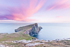 Close to the End (Luis Montemayor) Tags: uk sunset sea lighthouse clouds faro atardecer scotland mar europe unitedkingdom pastel horizon paisaje nubes horizonte neistpoint