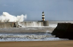 seaham harbour (bryan with a y) Tags: sea lighthouse durham harbour swell seaham slight