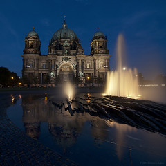 Berliner Dom With Reflection (Dietrich Bojko Photographie) Tags: light berlin night d50 germany deutschland evening nikond50 bluehour berlinerdom lustgarten mywinners superaplus aplusphoto dietrichbojko vertorama globalindex mygearandmepremium mygearandmebronze mygearandmesilver