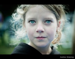 Jade the girl with the blue green eyes, (Andrew Greening) Tags: new flowers blue girls light feest portrait news flower holland colour green haarlem girl cheese kids hair 50mm eyes flickr blauw colours foto chica dof faces artistic sweet expression portait name familie great watching kinderen nederland sigma fair andrew kind blond looks bella elegant ogen potrait drama portret blik dochter meisjes prettygirl buiten k20 k10 bloem straat gezicht haar prety sigma50mm zusjes prachtig prinses vreemde nerderland beauttiful sigma500mm sesation sigma50mmf14 sigma50mm14 pentaxk20 pentaxk40 penaxk20
