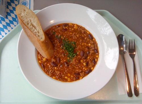 Chili con Carne & Baguette