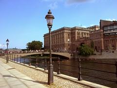 Lampioni (xzjw83) Tags: bridge river sweden stockholm fiume lampioni stoccolma svezia helgeandsholmen maredelnord