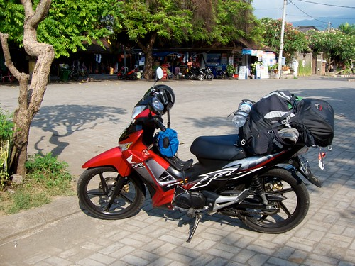 Bali Motorcycle Road-tripping