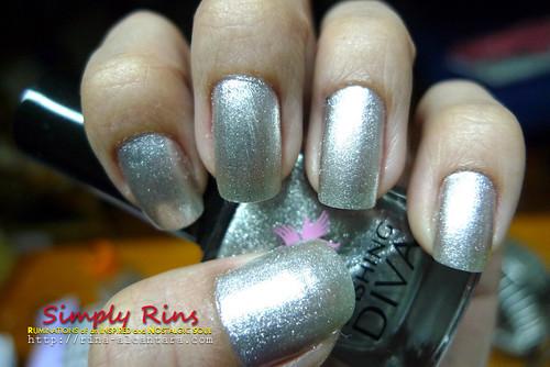 Nail Art Silver Lining 01
