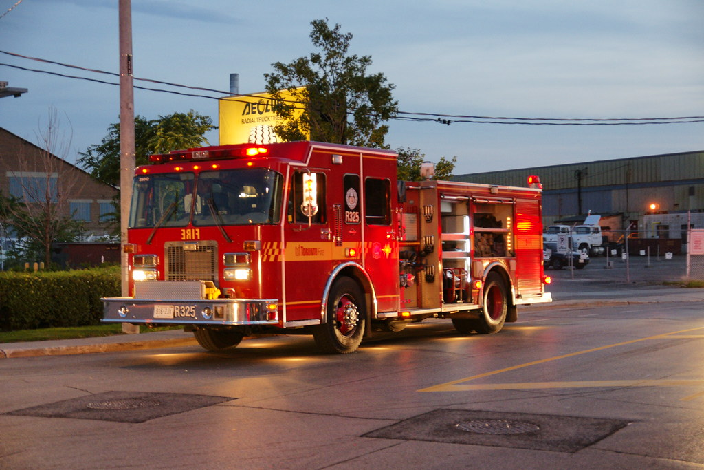 The World's Best Photos of engine and torontofire - Flickr