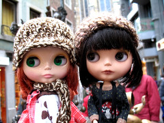 38/52 Lotte and the Traveling Blythe Perrin