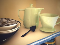 Kitchen Still Life* (Dtailliste) Tags: green kitchen vintage fifties pastel decoration decorating 1950s melitta coffepot
