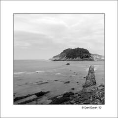Mirando al mar... (dandmol) Tags: sea nikon donosti donostia atlantico cantabrico sansebastin d90 marcantabrico afiiae