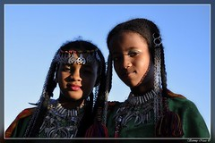 Two Tuareq cute girls (Sammy Naas) Tags: girls girl festival libya ghadames    libian tuareq ghadamis  teniri  tuwareq