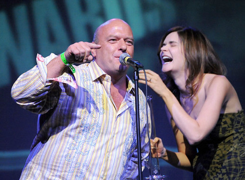 betsy brandt. Dean Norris and Betsy Brandt