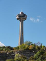 Skylon Tower (compulov) Tags: niagarafalls skylontower