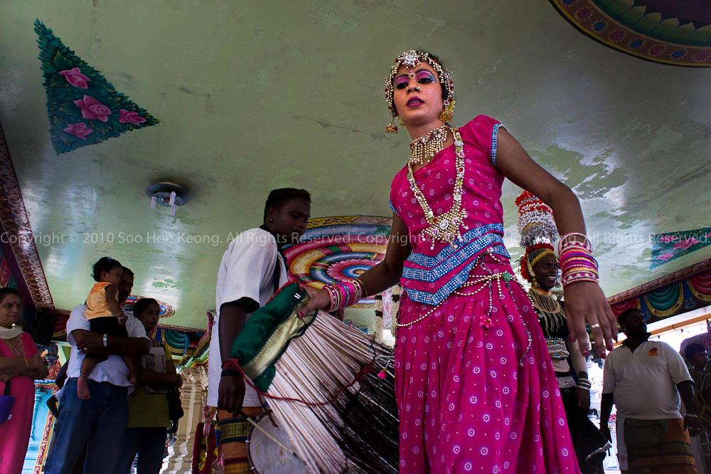 Dancer @ Sri Muneeswarar Temple, KL, Malaysia