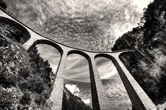Landwasser Viaduct (Toni_V) Tags: bridge bw schweiz switzerland blackwhite viaduct 2010 rhb d300 sigma1020mm graubünden landwasser rhätischebahn landwasserviadukt filisur hdrsingleraw dsc3041 capturenx 100829 ©toniv