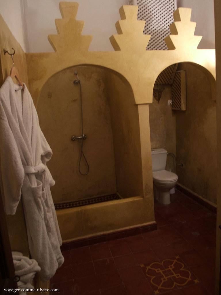 Salle de bain : de la place !