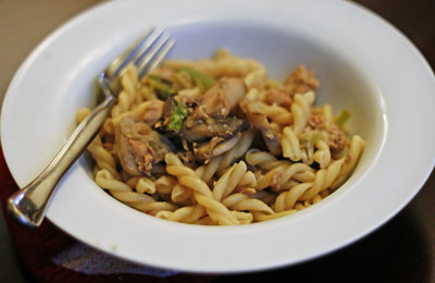 Short and Sweet: Leek, Mushroom and Tuna Pasta