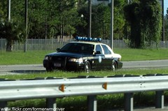 FHP Ford Crown Victoria with old Vector Lightbar (FormerWMDriver) Tags: old light trooper ford car bar sedan lights highway state florida police victoria v vision cop vehicle crown law enforcement emergency signal federal vector cruiser patrol unit lightbar fhp cvpi
