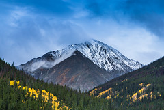 Peak and Valley (Jim Boud) Tags: camera blue autumn mountain green fall leaves yellow canon eos leaf colorado snowy peak valley rockymountains aspen dslr digitalrebel photoart digitalslr firtree artisticphotography snowcaps canon2470mmf28l jimboud t2i jamesboud eos550d kissx4