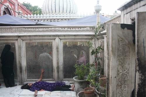 City Moment - Dua e Roshni, Hazrat Nizamuddin Dargah