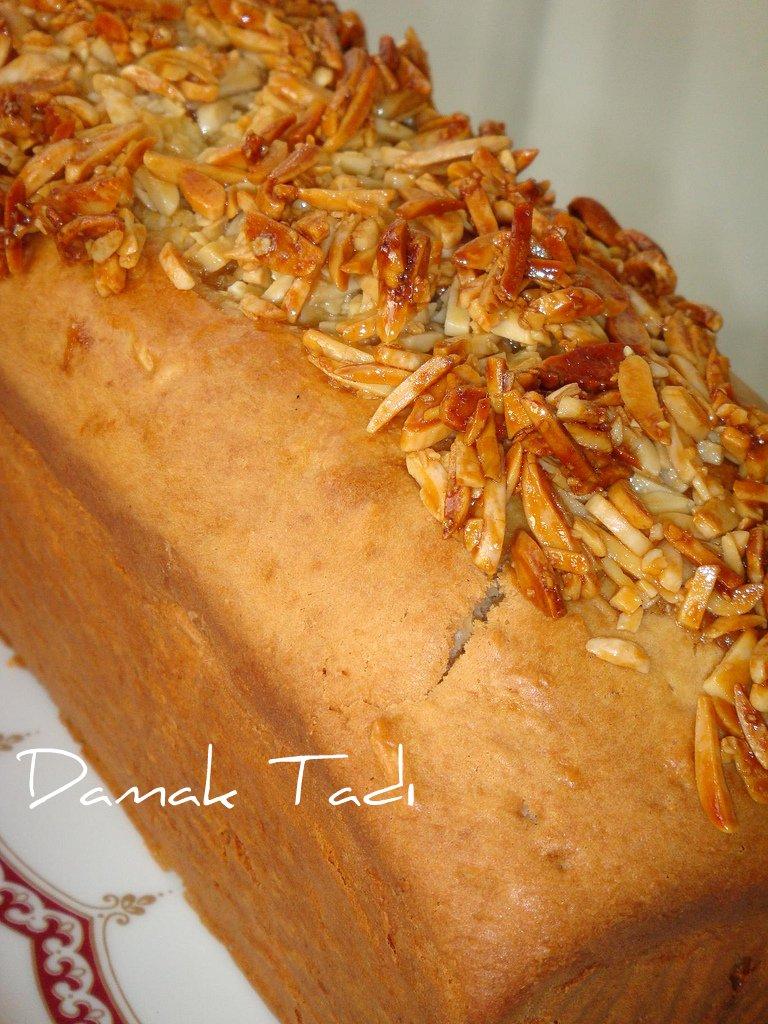 Kayısılı Marzipanlı Kek