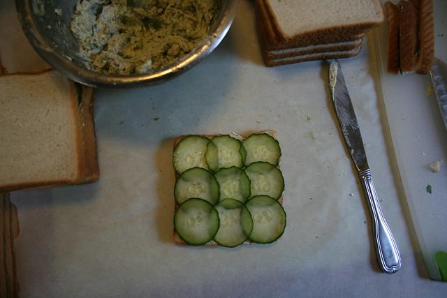 sandwich making table
