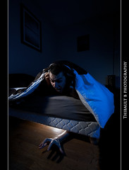 The monster under my bed... (Thibault B Photography) Tags: blue light cactus portrait white selfportrait france macro monster night photoshop grenoble myself studio bed aperture nikon focus raw dof hand view autoportrait lumire background room main flash tripod sigma moi bleu portraiture micro nightmare lit 60mm chambre vivitar nuit speedlight blanc vue softbox manfrotto pdc cls monstre macrophotography sigma1020mm 10mm cauchemar isre trepied nikkor60mm macrophotographie strobist nikoncls sb900 manfrotto190xprob d300s nikonsb900 kf36 nikond300s