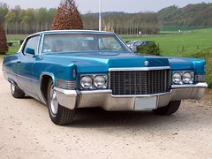 1970 Cadillac Coupe DeVille (1970_Lincoln_Continental) Tags: auto blue usa hot sexy 1969 car vintage de gangster automobile long paint ride antique badass vinyl engine cadillac american huge 70s motor 1970 69 1970s custom heavy deville ci 70 mobster gangsta coupe inches v8 ville guzzler totally cubic 472