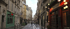 Street walk (nina's clicks) Tags: street city paris buildings calle walk streetphotography stgermain caminata ruedudragon