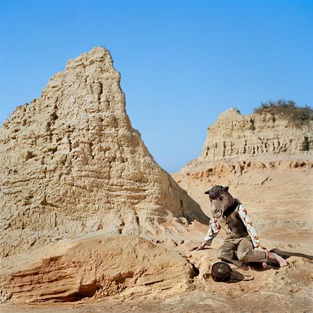 The-Sand-Traveller-2009