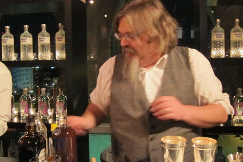 Sensory Analysis Workshop: David Wondrich mixes drinks