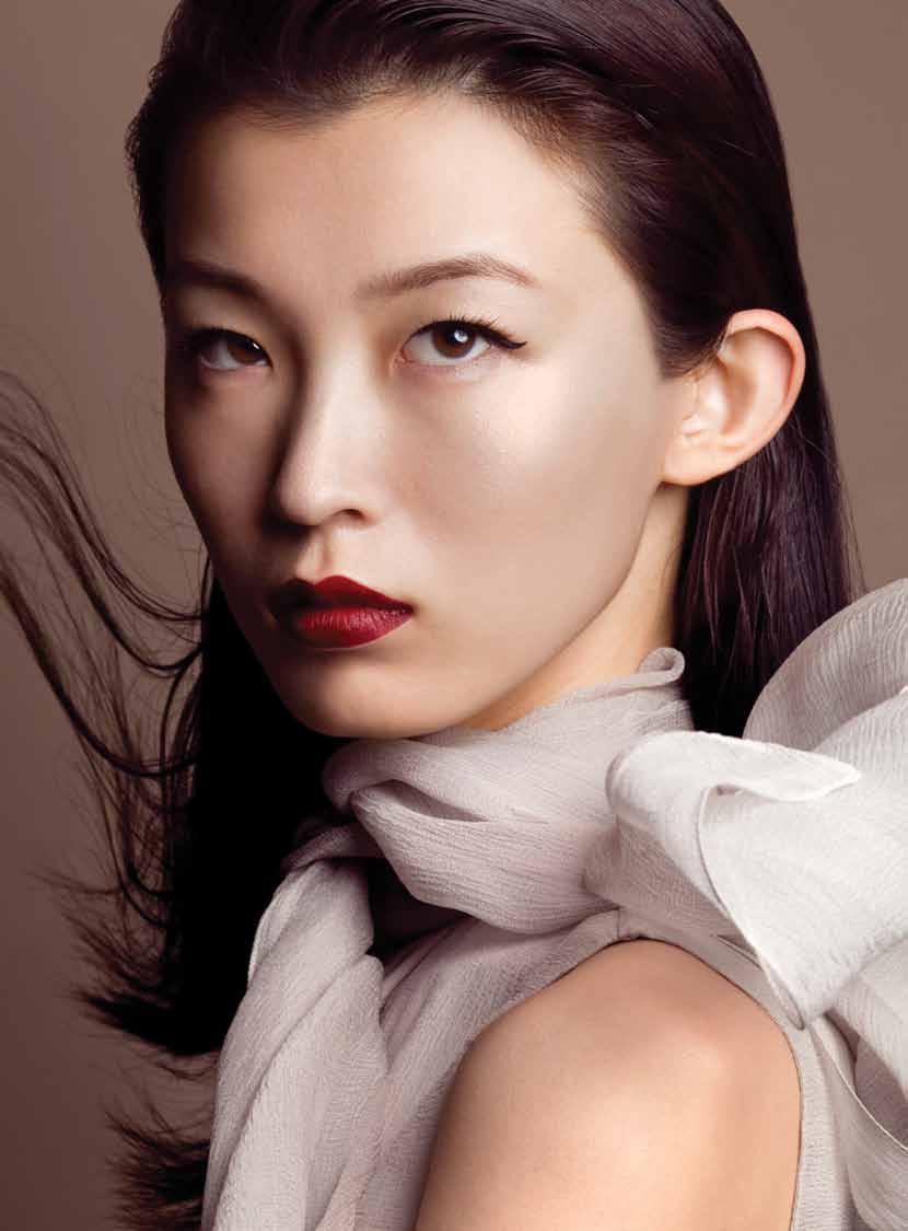 Wang Xiao - Elle Vietnam December 2010 - 2