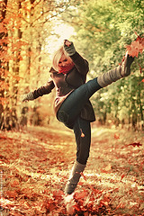 Let's kicks some leaves (basistka) Tags: autumn woman girl leaves canon eos poland 7d basistka