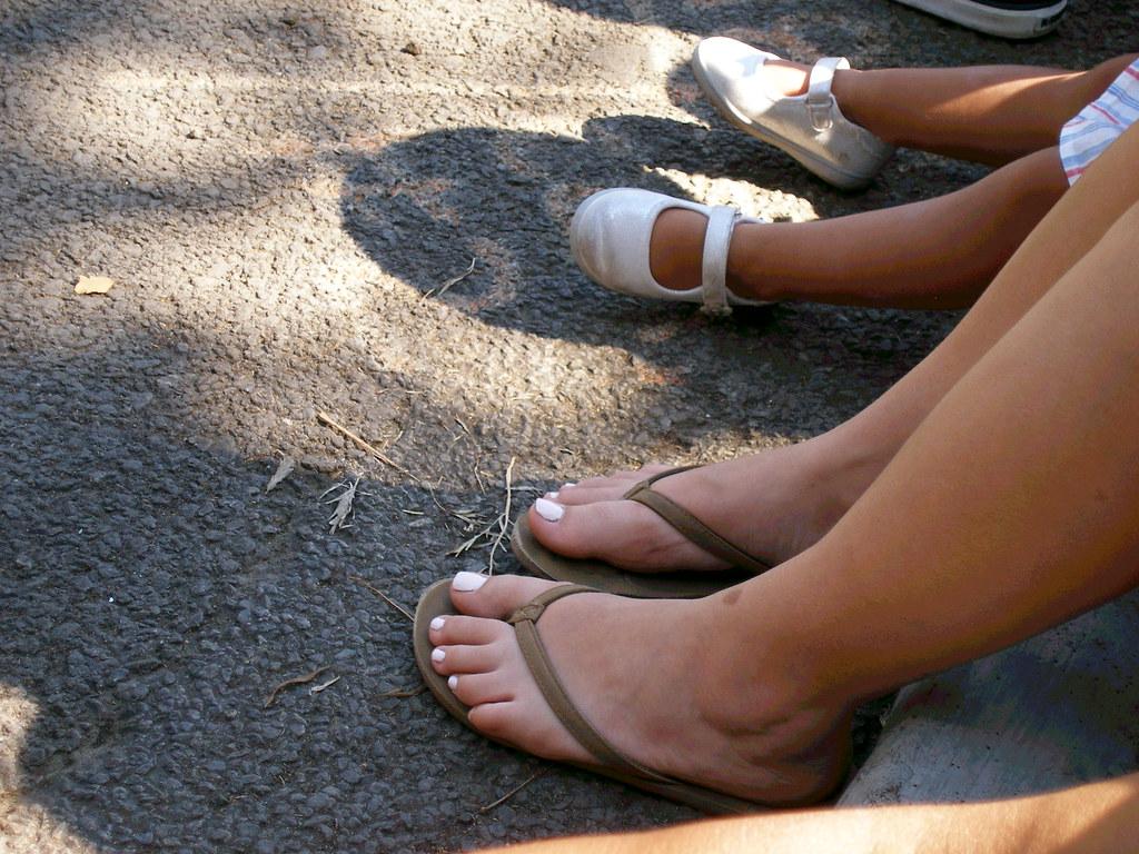 Feet flipflops fetish