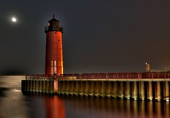 Lighthouse, Milwaukee WI (JennyLongPics) Tags: lighthouse lake water wisconsin canon gallery lakemichigan greatlakes milwaukee moonlight