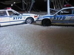 model cars (Yankeefan0242) Tags: ford scale police nypd victoria chevy crown impala interceptor maisto 118th motormax