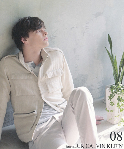 Jason Wilder0120(Isetan Spring2009 Catalog)