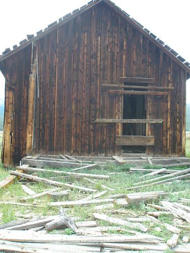 Leadville abandoned cabin 2