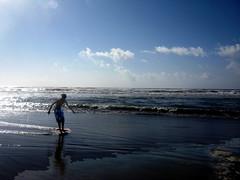 Tide Rider (Dead  Air) Tags: ocean beach oregon pacific anniversary surfing oregoncoast laborday pacificcoast boogieboard bodyboard lowtideseaside