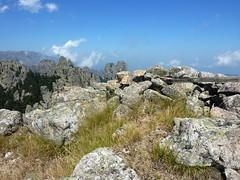 Sommet de Punta di Quercitella : vestiges d'une croix ?