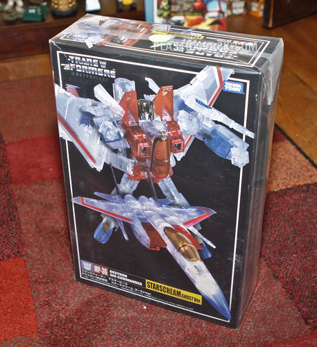 TakaraTomy Masterpiece Starscream (Ghost Version)