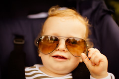 IMG_4700.jpg (Tom Roeleveld) Tags: sunglasses canon child familie rayban kaj sigma50mmf14