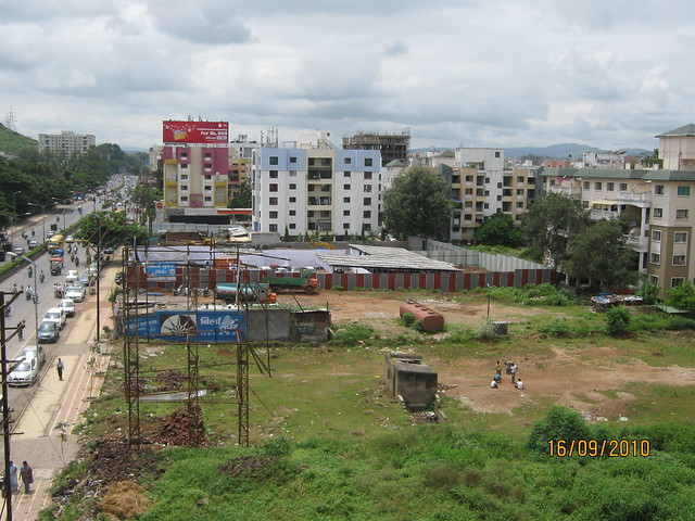 Sites of Navjeevan Properties' Blue Bells and Pate Reya opposite Pu La Deshpande Udyan on Sinhagad Road