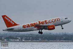 G-EZBN - 3061 - Easyjet - Airbus A319-111 - Luton - 100111 - Steven Gray - IMG_6128