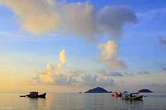 Peaceful (-clicking-) Tags: morning sea sky mountain seascape clouds landscape boats peace peaceful mount cloudscape colorphotoaward bnhminh 100commentgroup cno bestofmywinners