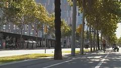 En bici per Barcelona (Francis Lenn) Tags: barcelona city españa bike bicycle spain europa europe rental bicicleta catalonia lane bici catalunya cataluña clearchannel ciutat espanya carril bicing rentalbicycle cityequipment alquilerbicis lloguerbici enbicixbcn