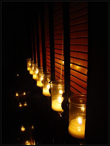 Velas en ventana Guaro