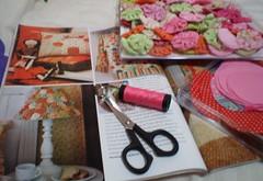 Inspiração do abajour (rosaestilosa) Tags: pano made fuxico retalho ritapaiva