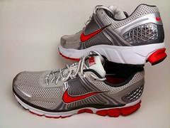 NIKE running shoes (Venom82) Tags: shoes running nike sensor nikeipod
