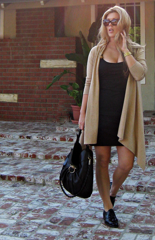 little black dress and long cardigan+oxford wing tips+black and beige outfit+cropped